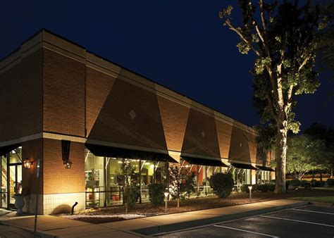 Outdoor Commercial Lighting Commercial Outdoor Lighting Outdoor Lighting And Landscape Lighting In St Louis