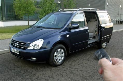 Kia Carnival Uk 2006 Kia Carnival Photos Informations Articles