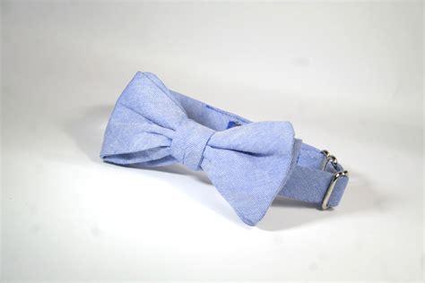 light blue bow tie light blue freestyle batwing pattern bow tie 183 joe beau