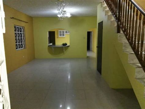 rooms for rent in jamaica 4 bedroom townhouse for rent in kingston st andrew fiwiclassifieds