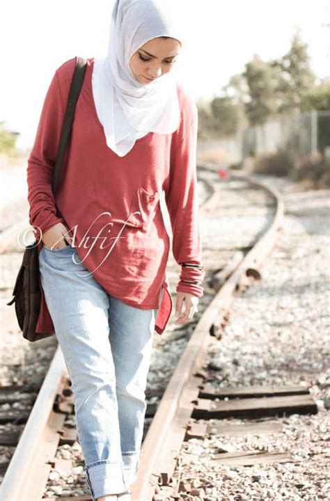 style casual muslim pinterest ahfif casual hijab style boyfriend jeans and oversized top