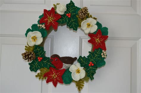 knitting pattern christmas garland knitted christmas wreath my blog