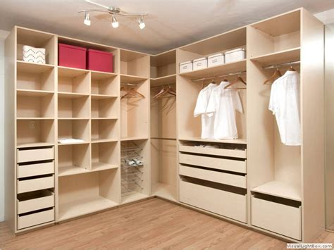 Does One Color Dominate Your Wardrobe by Melamina Peru Postformado Peru Closets Peru Muebles De