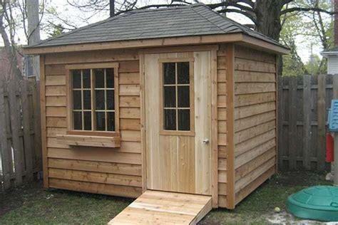 canadian style shed cabanon mercier