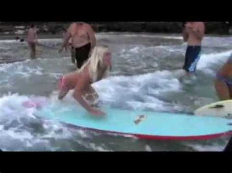how to put her back in a bit with a bandana bethany hamilton shark attack the real story youtube