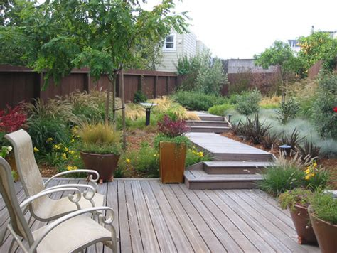 Backyard Landscaping Designs Free by 13 Clever Deck Designs To Consider