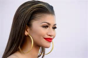 Actress singer zendaya cast in spider man reboot