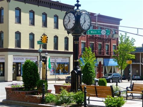 best small towns to live in the south madison ranked among 25 best u s small towns to live in