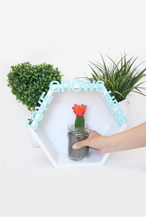 wall mounted plant holder diy mother s day gift wall mounted plant holder