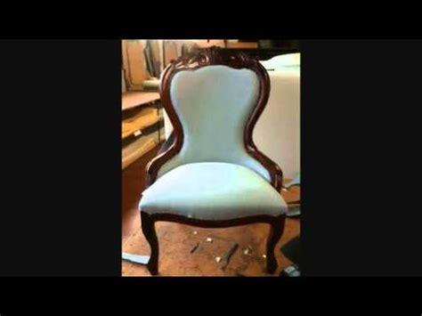 come rivestire una poltrona antica come tappezzare una vecchia sedia how to upholster an