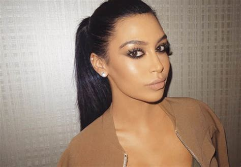 kim kardashian and every celebrity looked like a couch this instagram celebrity looks exactly like kim kardashian