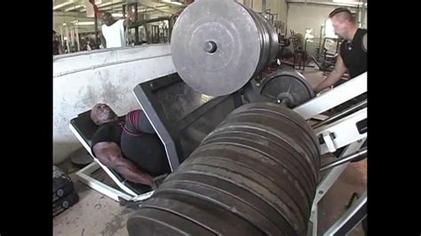 ronnie coleman bench press record beast motivation ronnie coleman 2 300 lb leg press hd