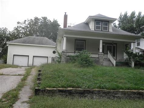 houses for sale in independence mo 605 lexington independence mo 64050 foreclosed home information foreclosure homes