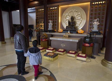 libreria europa ostia foto a roma il tempio buddista pi 249 grande d europa 8 di