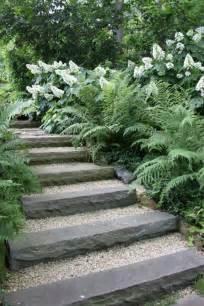 garten treppen treppen im garten verlegen ein dekoratives element oder