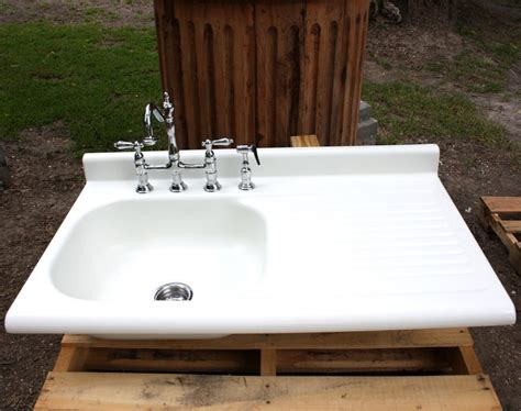 Porcelain Kitchen Sink With Drainboard Kitchen Charming Kitchen Decoration Idea Using White Porcelain Kitchen Drainboard Farm Sinks