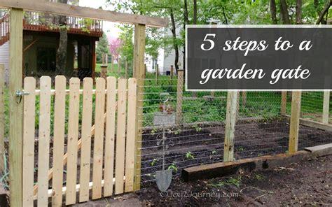woodwork build wood garden gate  plans