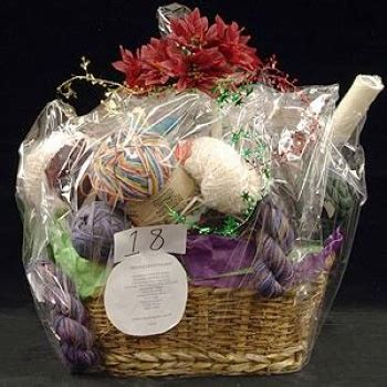 Gift Baskets For Bridal Shower Prizes by Pin By Debbie On Wedding Ideas For Robin
