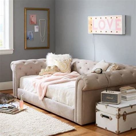 daybed as couch daybed as sofa 26 best diy couch redo images on pinterest