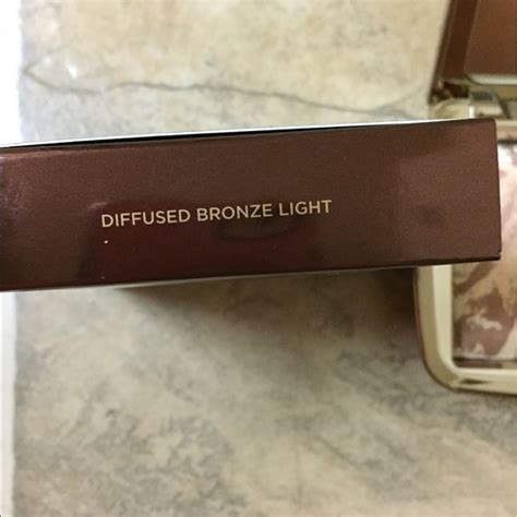 hourglass diffused bronze 20 off hourglass cosmetics other hourglass ambient