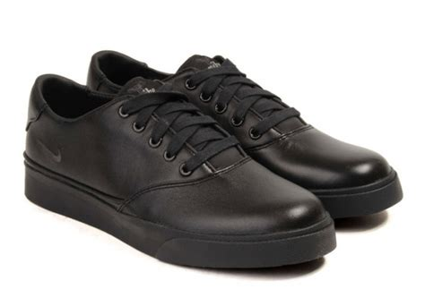 nike black leather shoes
