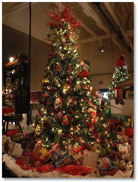 joanns fabric store artificial trees a season of giving jo fabric and craft stores