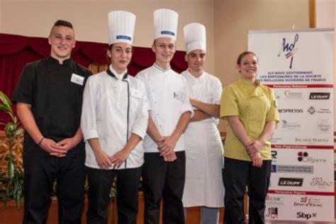 concours de cuisine pour apprentis 5 jeunes r 233 compens 233 s pour le concours maf option cuisine
