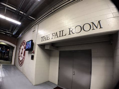 locker room tuscaloosa lsu support staff has arrived in tuscaloosa pics page 3 secrant