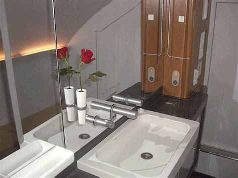 badezimmer sitze wort mit badezimmer und flugzeug sitze surfinser