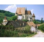 World Top Journeys Draculas Transylvanian Tour