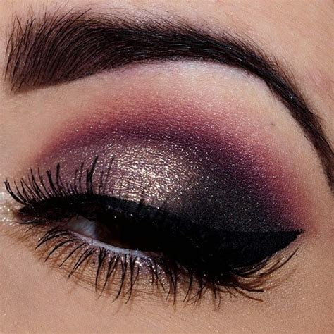 8 Prettiest Eyeshadows by Beautiful Eye Shadow Things