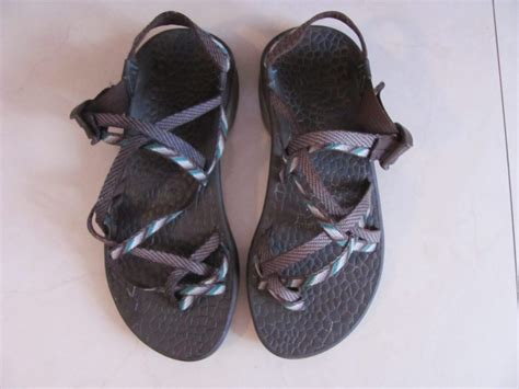 best travel sandals the best travel sandals a chacos buying guide hippie in
