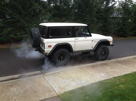white bronco car white classic ford bronco early bronco pinterest