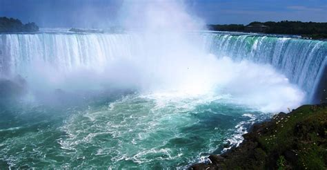 toronto niagara  days  nights imperial vacations tours travels