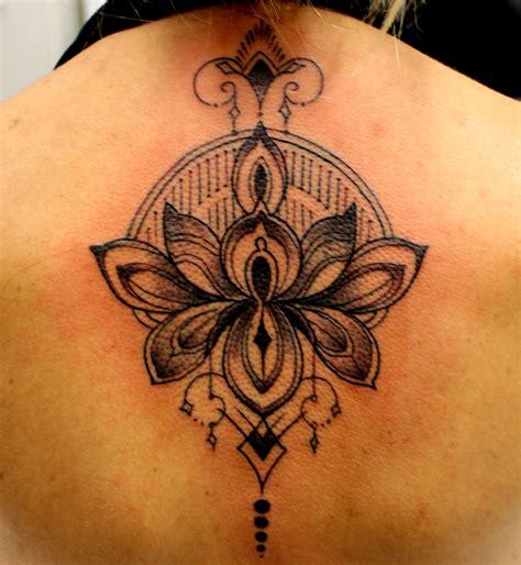 flor de lotus tattoo de lotus significado pictures to pin on pinterest tattooskid