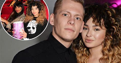 Ella Boyfriend Hw has ella eyre bagged herself a new boyfriend spotted with rixton hunk lewi mirror