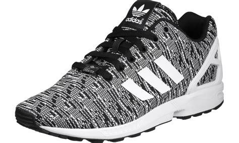black zx flux adidas zx flux calzado black white