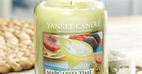 Bomb Cosmetics Piped Glass Candle Frozen Margarita Piped Margarita Time Yankee Candle Quot This Fragrance