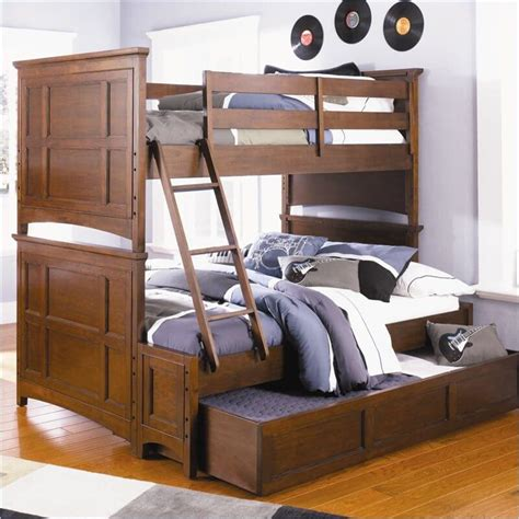 Three Person Bunk Bed Bunk Beds For Three My