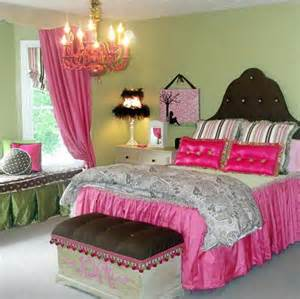 Cool bedrooms for teenage girls with purple color pictures to pin on