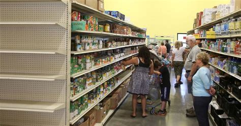 Food Pantry Naperville Il by Naperville Food Pantry Gets Donation To Boost Programs