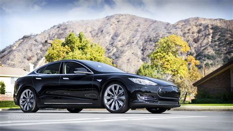 Price Of A Tesla Model S Tesla Model S P85d Price Drops Powertrain Options