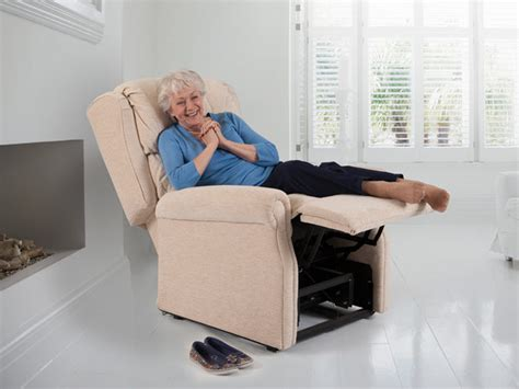 Chair For Sitting In Bed by Theraposture Adjustable Beds And Reclining Chairs For