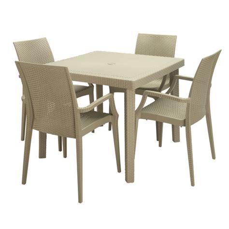 tavoli e sedie per bar da esterno poltrona boheme contract bar sedie con braccioli rattan