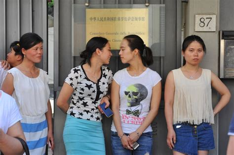 consolato cinese firenze firenze il presidio della comunit 224 cinese al consolato