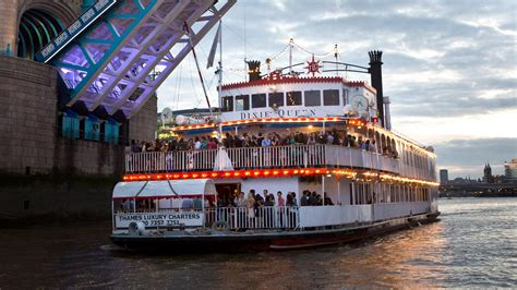 thames river cruise new years eve reviews new year s eve thames party boats thames luxury charters
