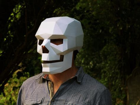 How To Make A Mask Out Of A Paper Plate - i m dead make your own skull mask out of cardboard