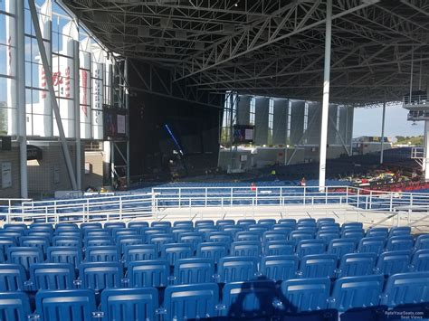 molson hitheatre 400 section view budweiser stage section 410 rateyourseats com
