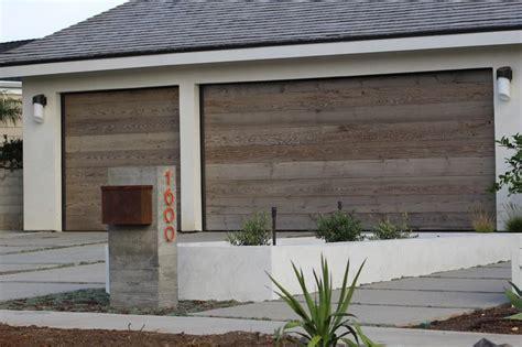 Garage Door Alternatives 1000 Ideas About Modern Garage Doors On Glass Garage Door Garage Doors And