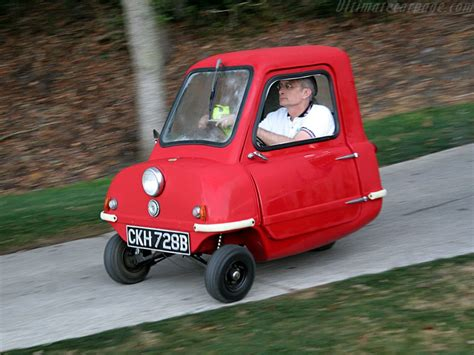 smallest cars this is the smallest production car ever cute microcars